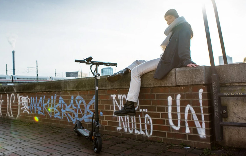 the-urban-BRLN-V3-escooter-mit-strassenzulassung